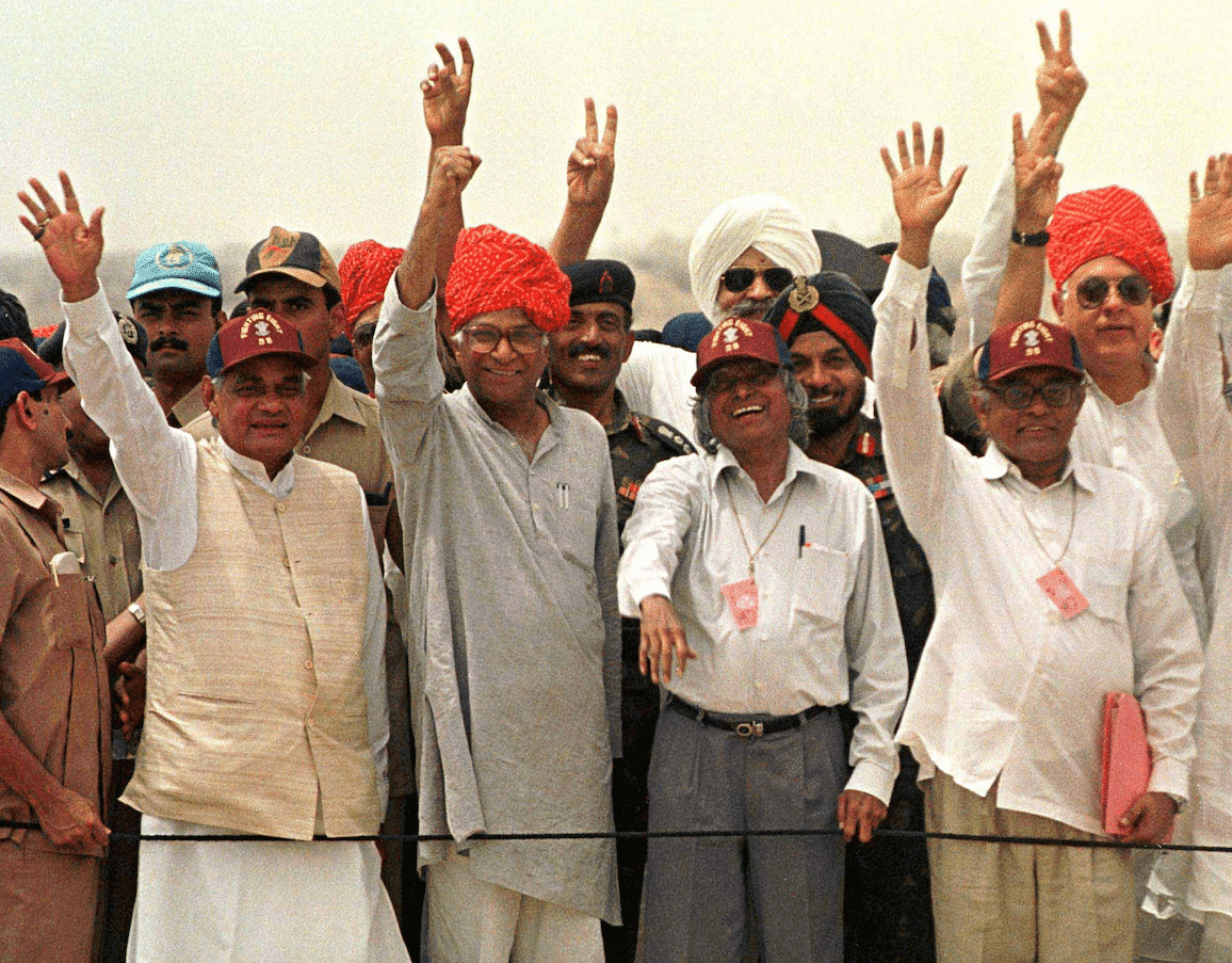 Kalam with Prime Minister Atal Bihari Vajpayee and Defence Minister George Fernandes at the Pokhran-II test site.